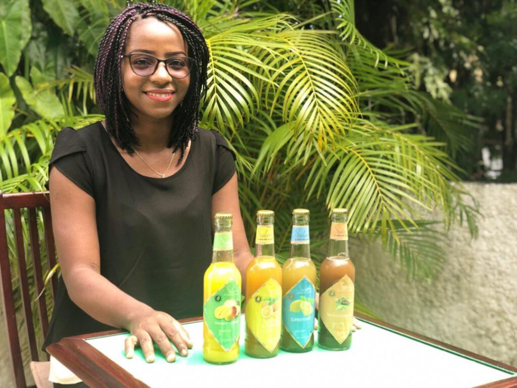 Gabon : une jeune entrepreneure réussit à créer une start-up de jus de fruits avec 25 000 FCFA